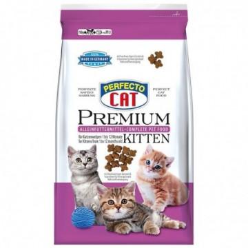 Hrană pentru pisici, 750 g,...